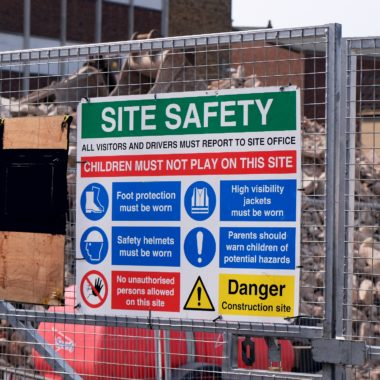 building-site-safety-signs-norfolk